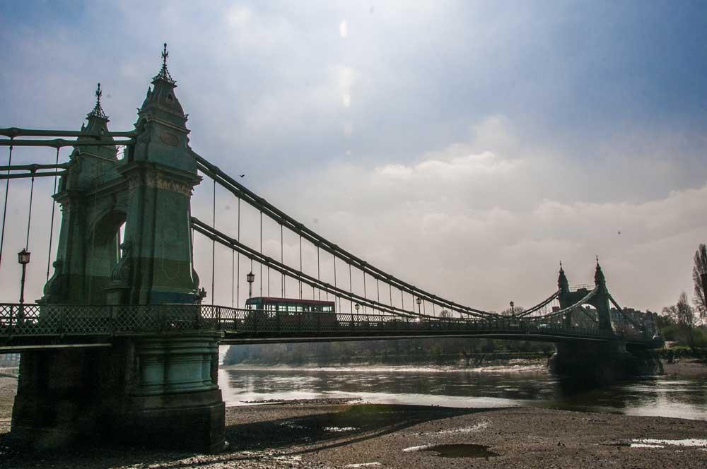 Keep-Things-Local-Hammersmith-Bridge